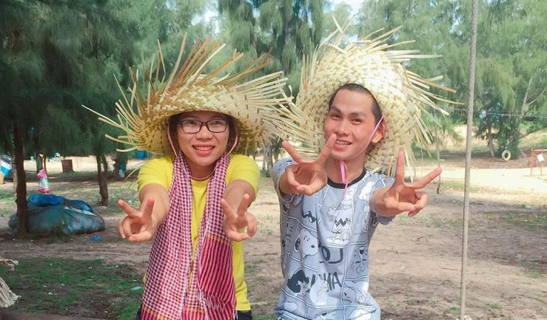 to-quoc-gio-va-toi-2017-Huynh-Trang